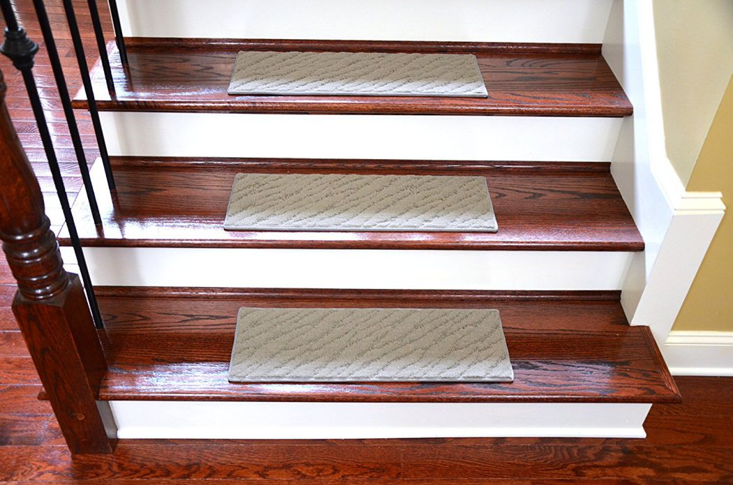 Dean-Light-Gray-Indoor-Outdoor-Non-Skid-Carpet-Stair-Treads-Runner-Rugs-Set-of-3