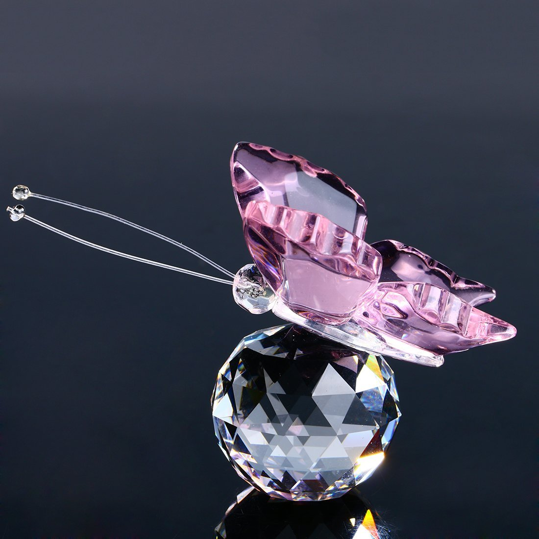 H&D Pink Crystal Flying Butterfly with Crystal Ball Base Figurine Collection Cut Glass Ornament Statue Animal Collectible