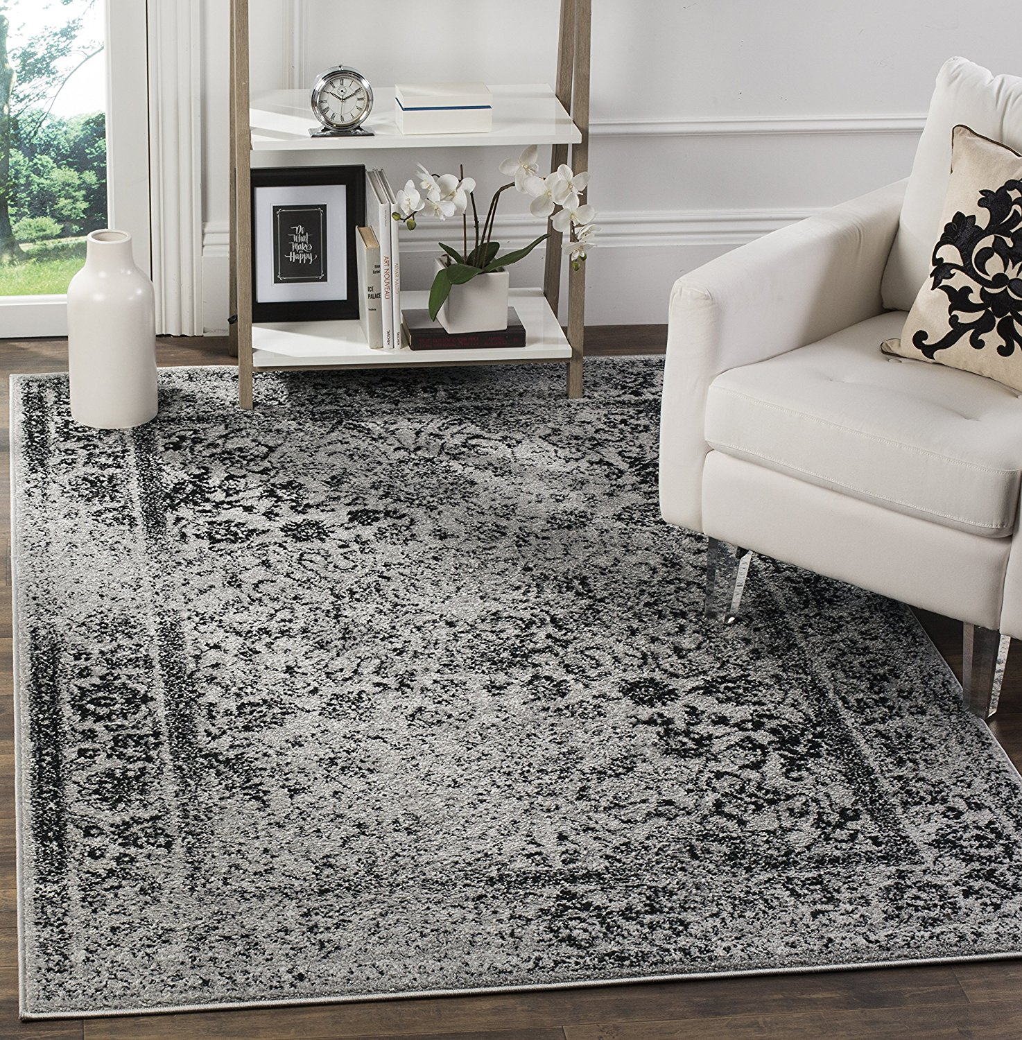 Safavieh Adirondack Collection ADR109B Grey and Black Oriental Vintage Area Rug (4' x 6')