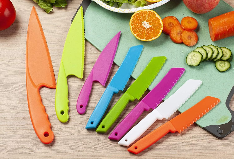 MAZYPO Knives for Kids 8-Piece Nylon Kitchen Baking Knife Set (Color 2 – JT)