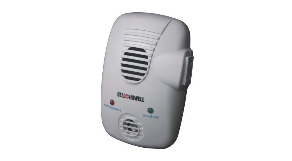 Bell Howell Electromagnetic Ultrasonic Pest Repeller With Extra Auxiliary Outlet