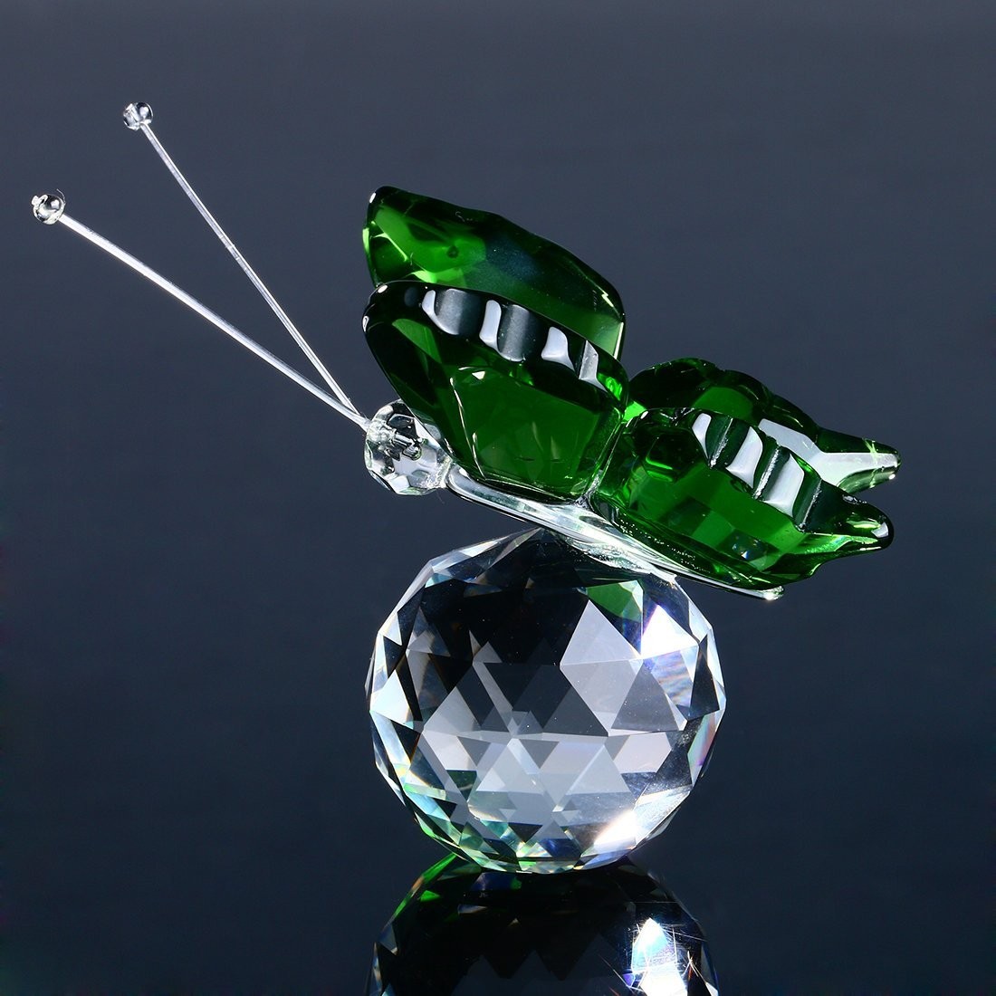 H&D Crystal Flying Butterfly with Crystal Ball Base Figurine Collection Cut Glass Ornament Statue Animal Collectible (green)